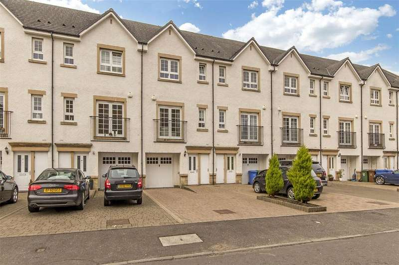 4 Bedrooms Terraced House for sale in 25 Parklands Oval, Crookston, Glasgow, G53