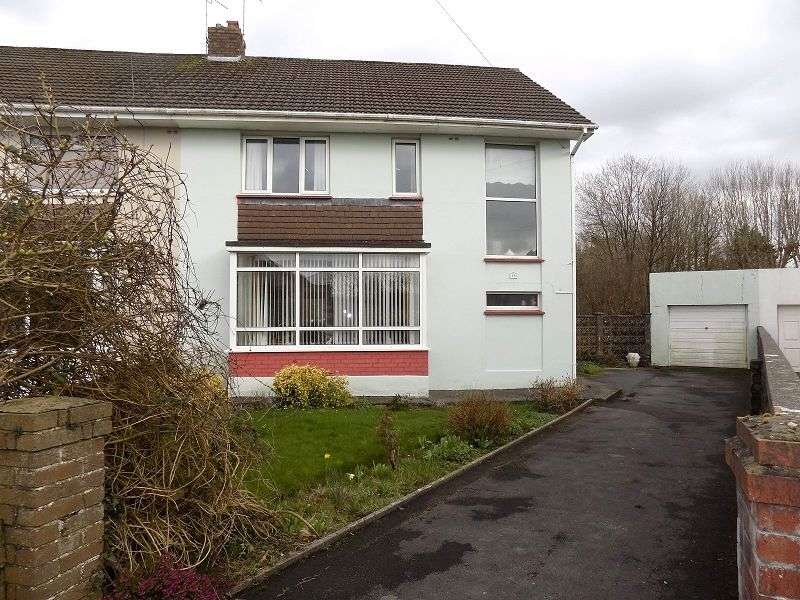 4 Bedrooms Semi Detached House for sale in St Georges Avenue, Wildmill, Bridgend. CF31 1RS