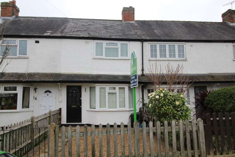 2 Bedrooms Property for sale in Dean Road, Hampton, TW12