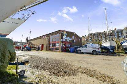 1 Bedroom Hotel Commercial for sale in Upper Harbour, Whitby, North Yorkshire