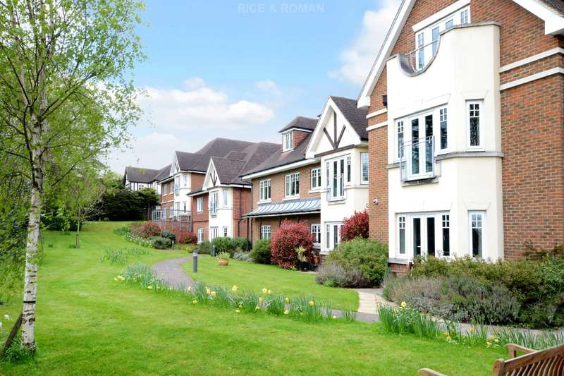 2 Bedrooms Retirement Property for sale in Harroway Manor, Fetcham