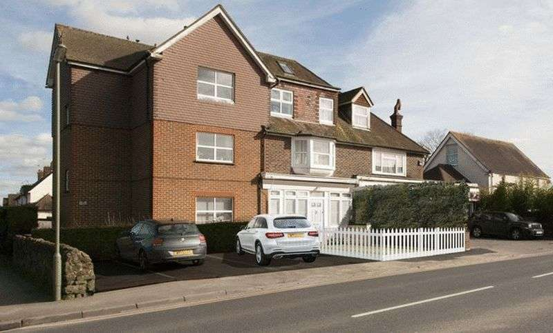 4 Bedrooms Flat for sale in High Street, Godstone