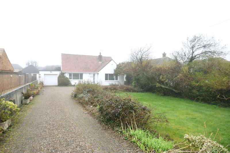 3 Bedrooms Detached Bungalow for sale in 3 Nottage Mead, Nottage, Porthcawl, Bridgend County Borough, CF36 3SA