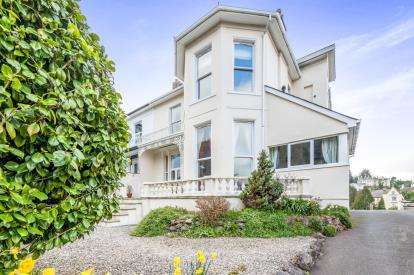 2 Bedrooms Flat for sale in Solsbro Road, Torquay, Devon