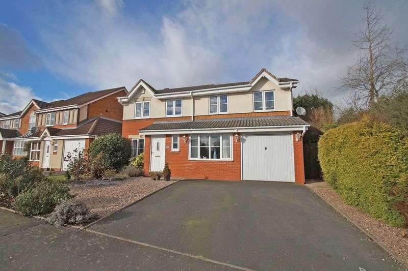 5 Bedrooms Detached House for sale in Butlers Hill Lane, Redditch