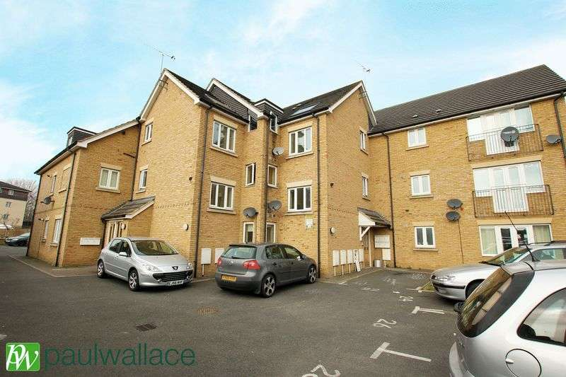 1 Bedroom Flat for sale in Ron Marsh Place, West Cheshunt