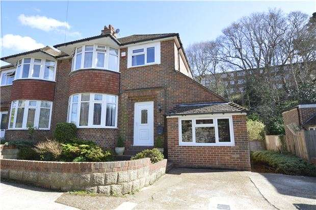 4 Bedrooms Semi Detached House for sale in Ashford Road, HASTINGS, East Sussex, TN34 2HA