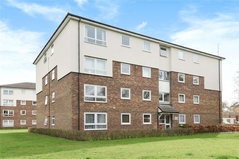 2 Bedrooms Apartment Flat for sale in Portal Close, Uxbridge, Middlesex, UB10