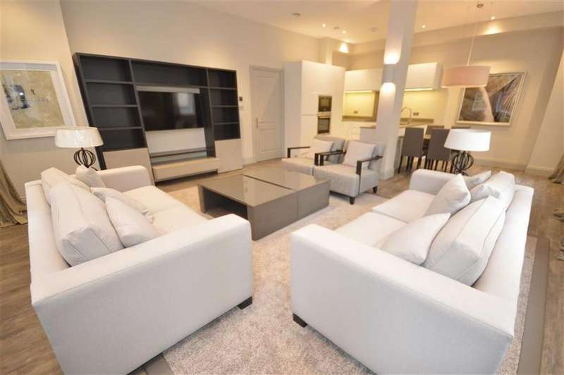 2 Bedrooms Apartment Flat for rent in 8 King Street, Deansgate, Manchester, M2