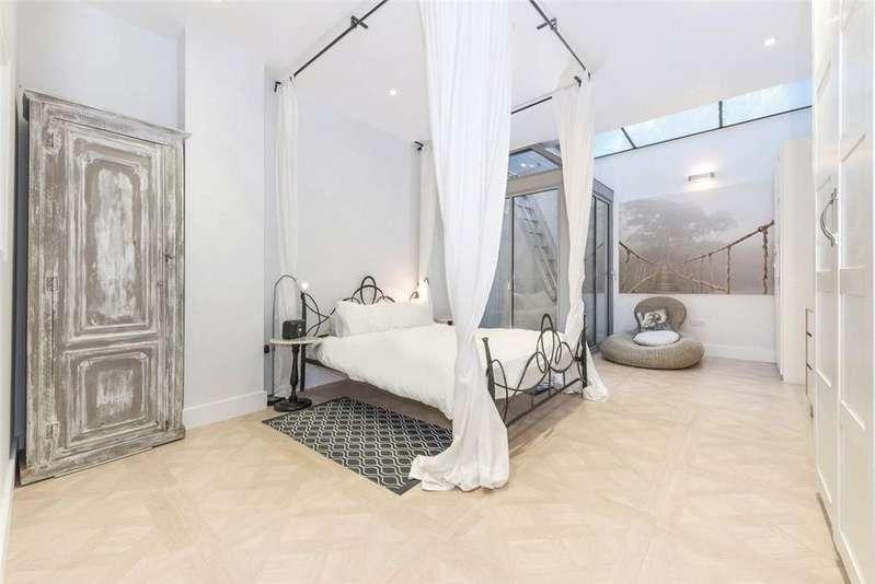 4 Bedrooms Terraced House for sale in Battersea Church Road, London, SW11