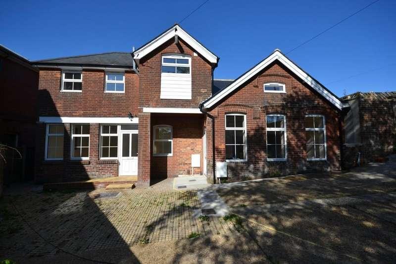 1 Bedroom Semi Detached House for sale in Crocker Street, Newport
