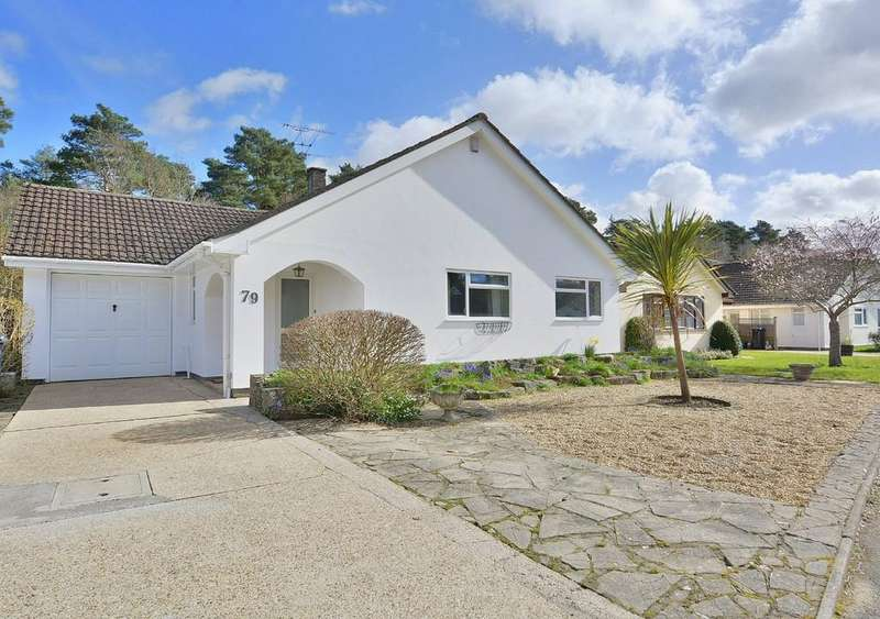 2 Bedrooms Detached Bungalow for sale in The Chase, Verwood