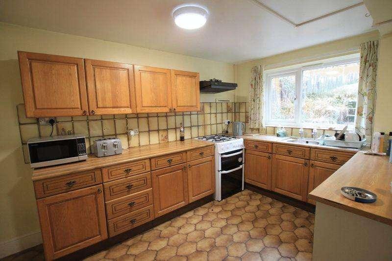 3 Bedrooms Terraced House for sale in Bangor, Gwynedd