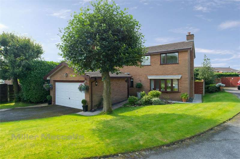 4 Bedrooms Detached House for sale in Bradshaw Meadows, Harwood, Bolton, Lancashire