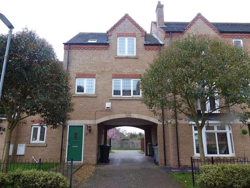 2 Bedrooms Maisonette Flat for sale in Fen Field Mews, Deeping St. James, Peterborough, PE6 8EG