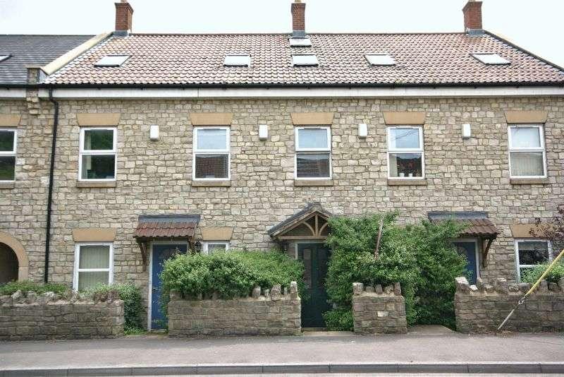 2 Bedrooms Flat for sale in Radstock Road, Midsomer Norton