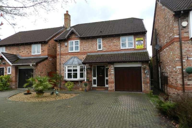 4 Bedrooms Detached House for sale in Lowfield Gardens, Glazebury, Warrington, WA3 5LY