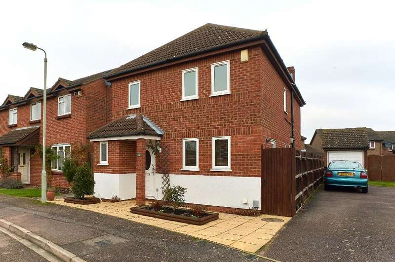 4 Bedrooms Detached House for sale in Buckfast Avenue, Bedford, MK41 8RQ