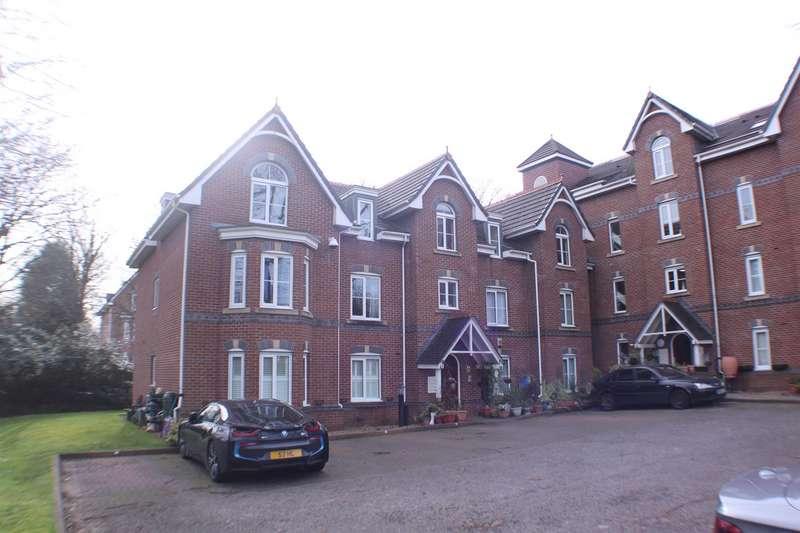 2 Bedrooms Flat for sale in Ellesmere Road, Eccles, Manchester