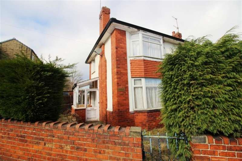 3 Bedrooms Detached House for sale in Mount Pleasant Road, Pudsey, LS28
