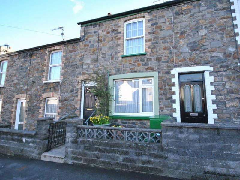 3 Bedrooms House for sale in Glannant Road, Carmarthen, Carmarthenshire