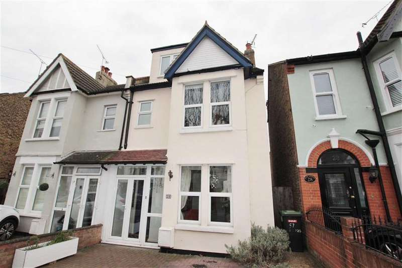 4 Bedrooms Semi Detached House for sale in Grange Road, Leigh-On-Sea, Essex