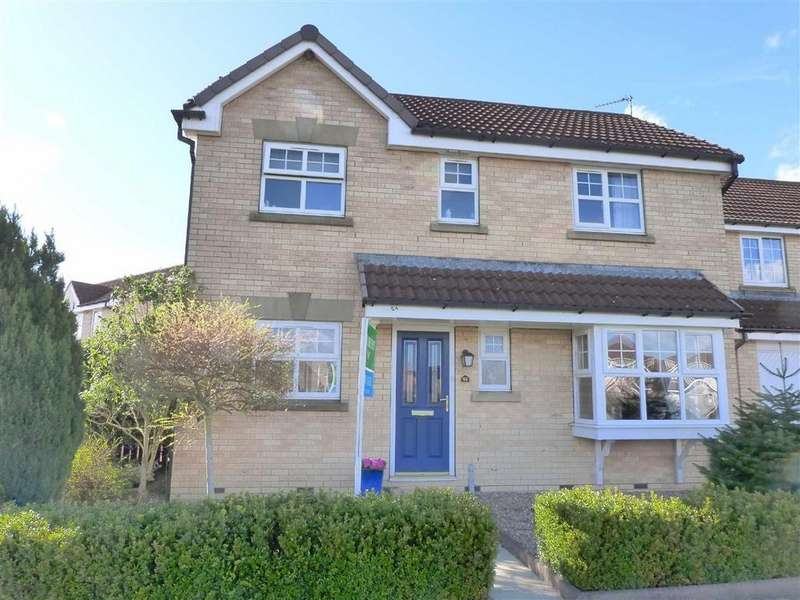 3 Bedrooms Detached House for sale in Broadmanor, Pocklington