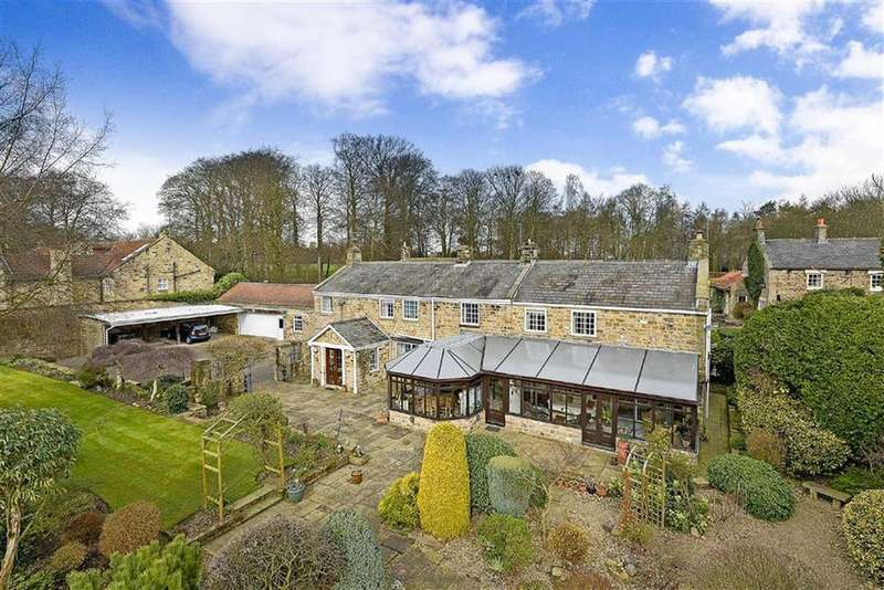 4 Bedrooms Detached House for sale in Pannal Road, Follifoot, North Yorkshire