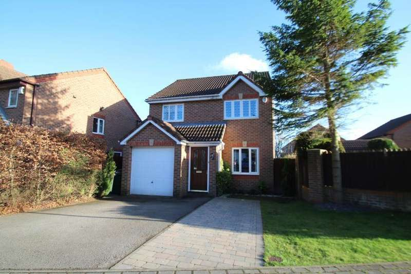 3 Bedrooms Detached House for sale in WOODLEA DRIVE, MEANWOOD, LEEDS, LS6 4SQ