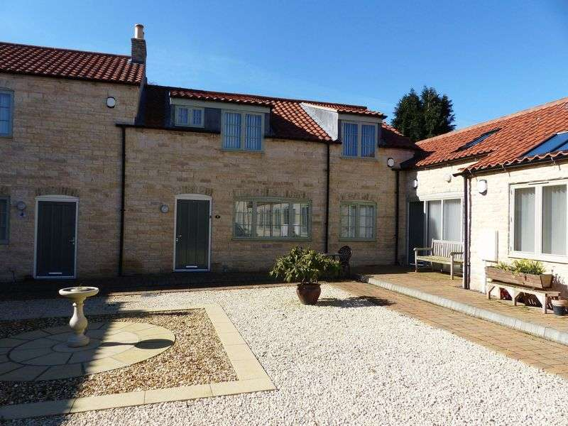 3 Bedrooms Terraced House for sale in Ambrose Court, Nettleham
