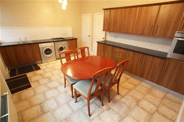 3 Bedrooms Terraced House for sale in Grovsenor Place, Luddenden Lane, Halifax