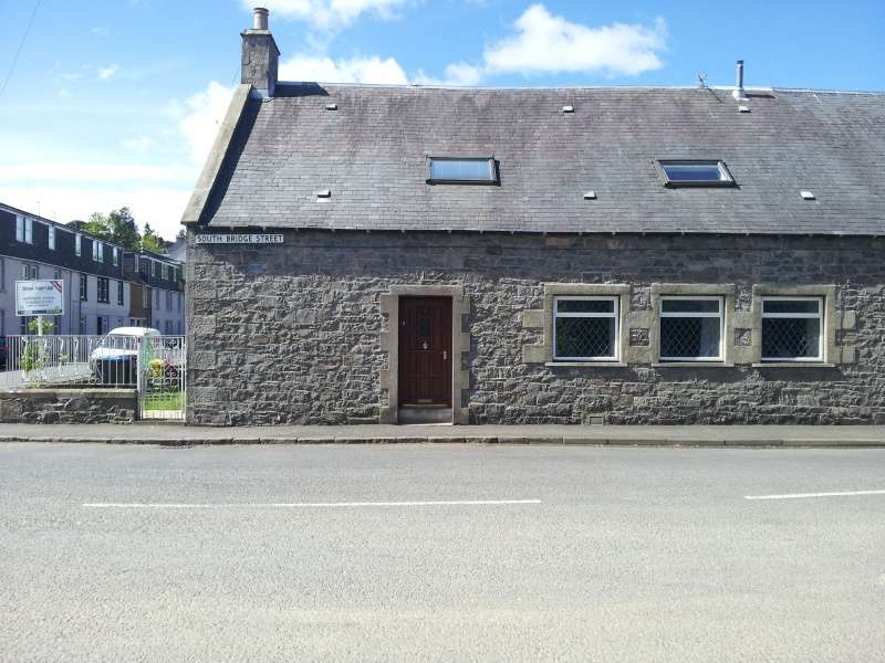 4 Bedrooms Cottage House for sale in South Bridge Street, Selkirk, Borders, TD7 5DR