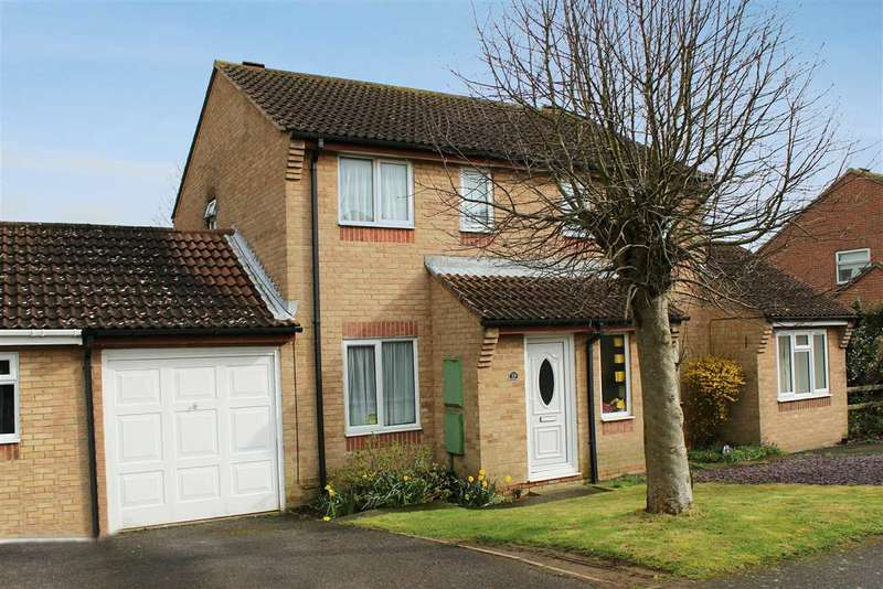 2 Bedrooms Semi Detached House for sale in Lulham Close, Peacehaven