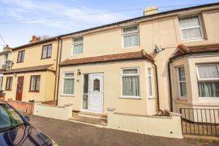 2 Bedrooms Terraced House for sale in Heathfield Avenue, Dover, Kent, .