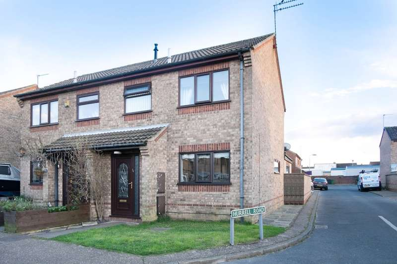 3 Bedrooms Semi Detached House for sale in Webster Way, Caister On Sea