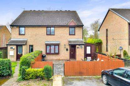 2 Bedrooms Terraced House for sale in Coleshill Place, Bradwell Common, Milton Keynes, Bucks