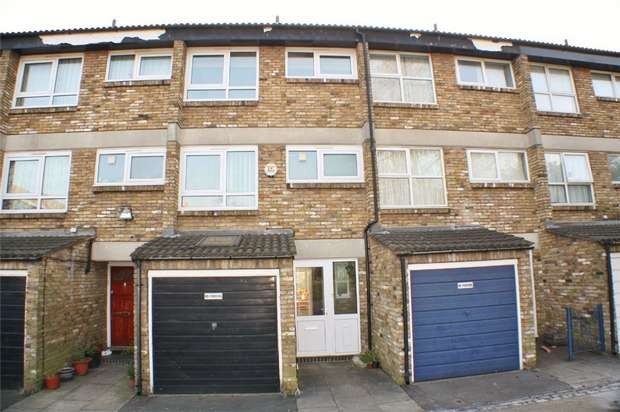 3 Bedrooms Terraced House for sale in Mount Pleasant, West Norwood, London