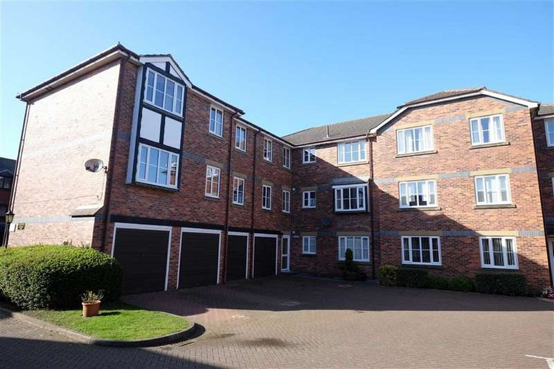 2 Bedrooms Property for sale in Clifton Court, Lytham