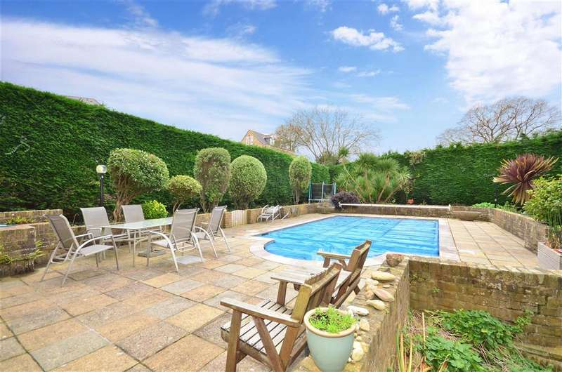 6 Bedrooms Detached House for sale in Luccombe Road, Shanklin, Isle of Wight