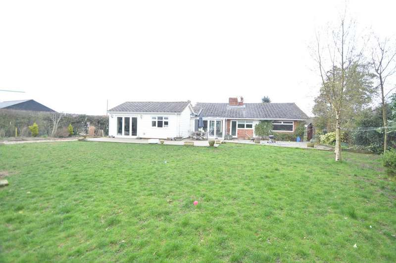 3 Bedrooms Detached Bungalow for sale in Willows Green, Great Leighs, Chelmsford CM3