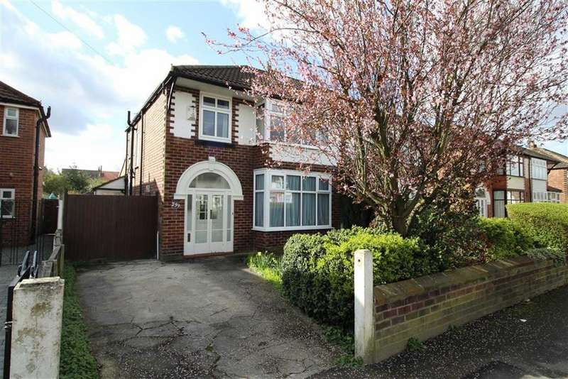 3 Bedrooms Semi Detached House for sale in Brantingham Road, Chorlton