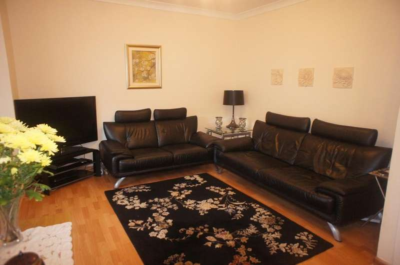 4 Bedrooms Terraced House for sale in Bearstead Rise Crofton Park SE4