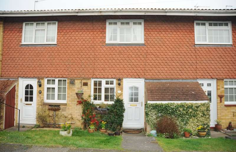 2 Bedrooms Terraced House for sale in lybury lane, redbourn, Hertfordshire, AL3