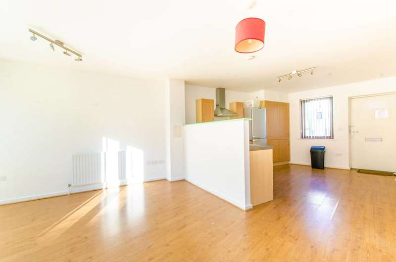 2 Bedrooms Flat for sale in Eden Way, Bow, E3