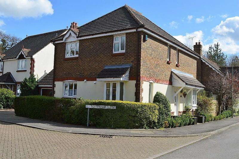 4 Bedrooms Detached House for sale in Strawberry Fields
