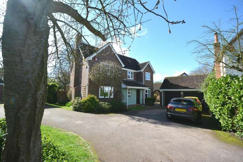 4 Bedrooms Detached House for sale in Windermere Drive, Great Notley, Braintree, Essex, CM77