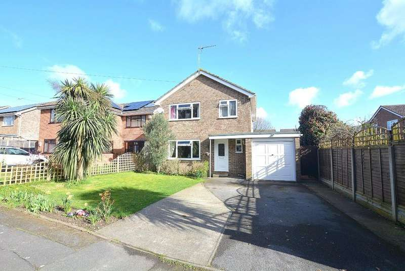 4 Bedrooms Detached House for sale in Knights Road, BOURNEMOUTH