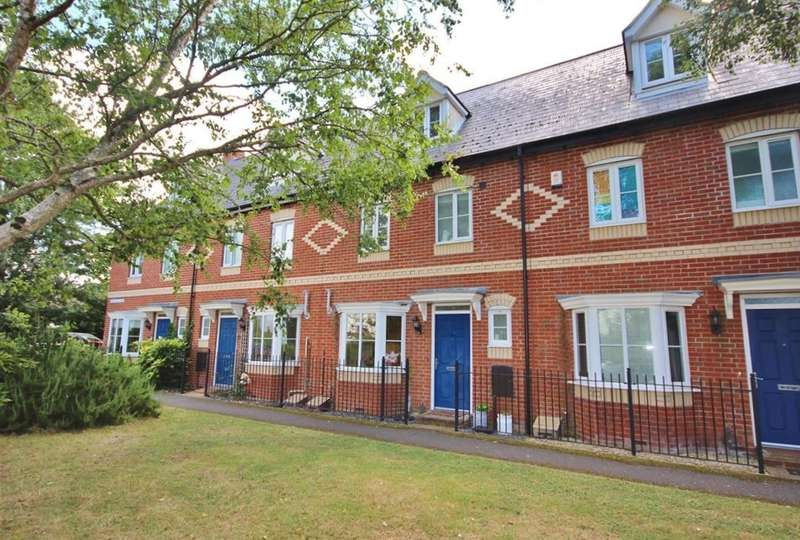 4 Bedrooms Terraced House for sale in Pickering Row, Garston Lane, Wantage, OX12
