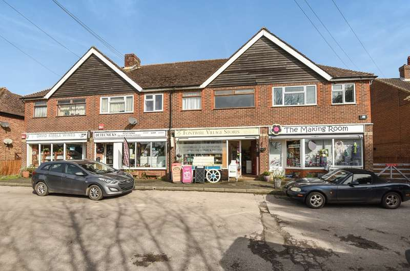 3 Bedrooms Commercial Property for sale in Orchard Crescent, Arundel Road, Fontwell, BN18