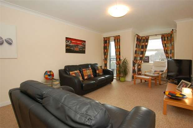 2 Bedrooms Flat for sale in Marlborough Court, 5 Copers Cope Road, BECKENHAM, Kent